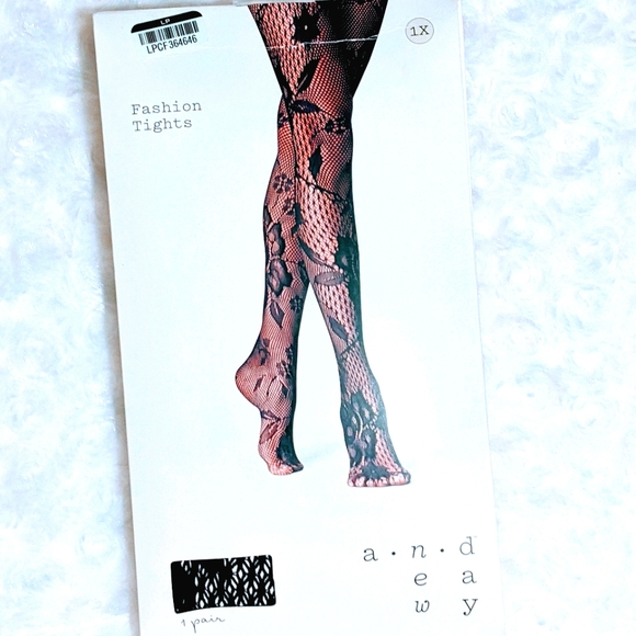 A NEW DAY FASHION TIGHTS SIZE 1X